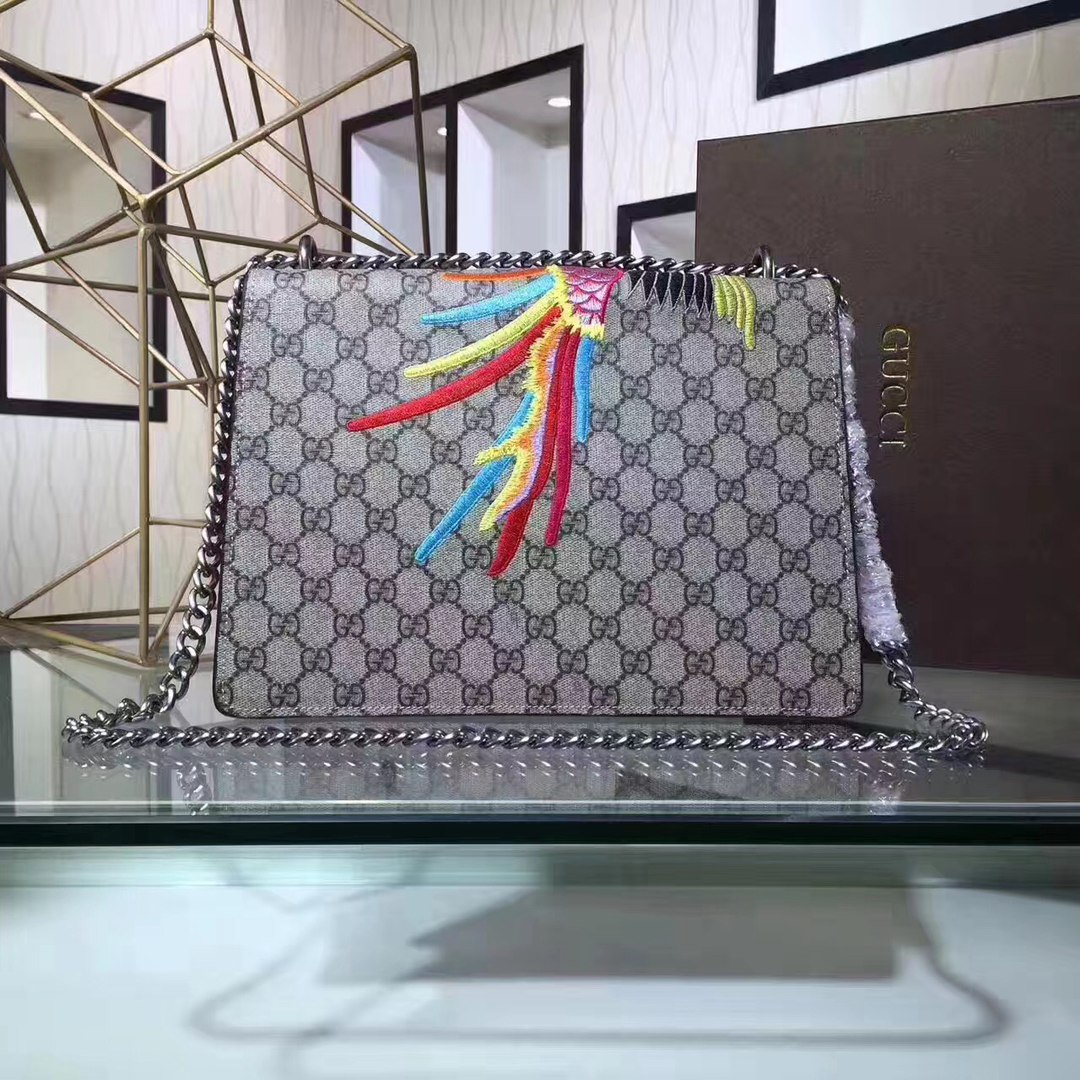 Сумка Dionysus GG Supreme shoulder bag Gucci 51588